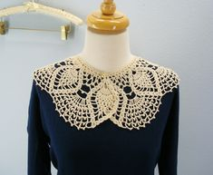 Free Crochet Pattern - Lace Collar from the Womens accessories