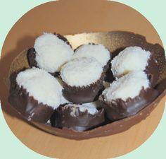 http://annelia.canalblog.com/archives/2013/09/03/24698829.html ( cadeau chocolaté de noël pour l'institutrice)