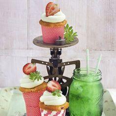Erdbeer-Waldmeister-Cupcakes Rezept | Küchengötter