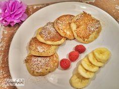 Banánpalacsinta, avagy paleocsinta | Konyhalál Pancakes, French Toast, Paleo, Breakfast, Food, Morning Coffee, Essen, Pancake, Beach Wrap
