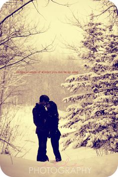 Engagement Pics In the silence of winter you can be my song Someone else pinned our engagement photo! Strange and pretty neat :) Winter Engagement Pictures, Engagement Couple, Engagement Shoots, Wedding Pictures, Wedding Engagement, Country Engagement, Wedding Ideas, Couple Photography, Engagement Photography