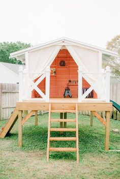 15 amazing outdoor play houses...