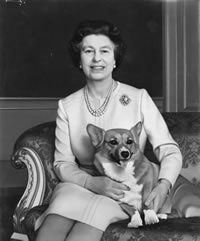 queen and corgi - what's not to love?