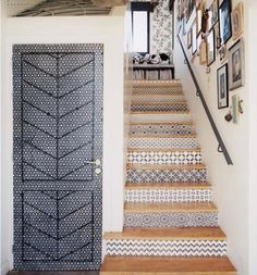 Marrakesh Stairway, Spanish Style Tiled Stair Risers, Remodelista SAME COLOUR DIFFERENT PATTERNS