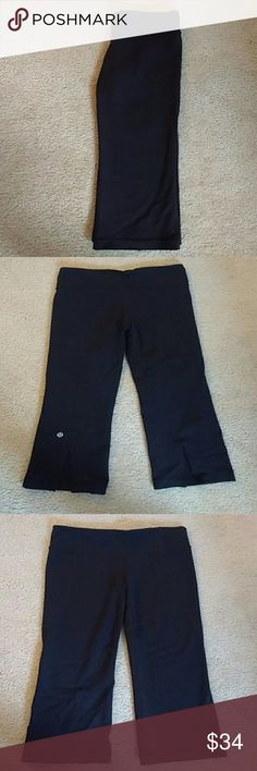 """Newly Listed! Lululemon Gather and Crow crops Gently worn, Lululemon Gather and Crow crops. No major signs of wear, still in great condition. Inside hang tag ripped off, these are either a size 4 or 6 (I think k 4, I only tend to wear a 6 in Winder Unders. Waist is 13"""" across measured flat an length is 28"""" (21"""" inseam). First photo from Lulu website, second and third of actual item, lululemon athletica Pants Ankle & Cropped"""