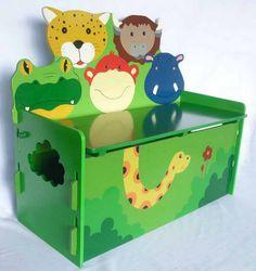 Prachtig fair trade en met de hand gemaakt meubel om speelgoed in op te bergen. Tevens te gebruiken als bankje voor slechts € 79,95 exclusief verzendkosten. Te koop bij https://fairproductsplaza.nl/speelgoed-en-spellen/kindermeubels/speelgoedbankje-beestenboel