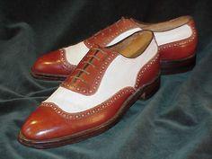 "Antik French Shriner & Urner ""Fiddle Vamp"" Full Brogue Oxford Spectator Circa 1930 Shoes Men, Men's Shoes, Dress Shoes, Spectator Shoes, Brogues, My Wardrobe, Vintage Men, Period, Men's Fashion"