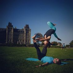 Acroyoga class tonight @UpwardDogYoga 7:30pm :) We'll be working on a Smiley Om original washing machine that contains the pictured pose!  No partner or experience necessary come and play! :)  by @nicdesjardins  #Acroyoga #AcroyogaOttawa #PartnerAcrobatics #PartnerYoga #Yoga #Ottawa #OttawaYoga #613 #ParliamentHill #Backbend #HeartOpener #Namaste #Love #Fun #Smile #Fitness #Exercise