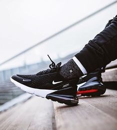 Chillin in style with the shoes in trial Best Sneakers, Air Max Sneakers, Shoes Sneakers, Yeezy Shoes, Nike Running, Running Shoes, Mens Trainers, Air Max 270, Nike Shoes Outlet