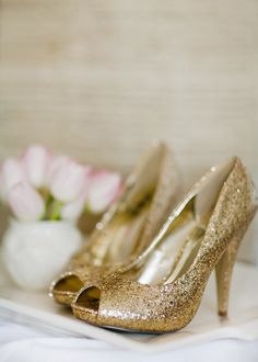gold shoes with bmaid dress?