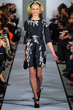Oscar de la Renta Fall 2012 Jewel Print and Embroidery