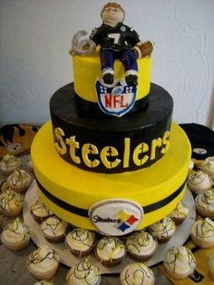 There are cupcakes in the bottom of this picture.  But, I'm more interested in the cake.  GO STEELERS!