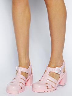 Les sandales méduses