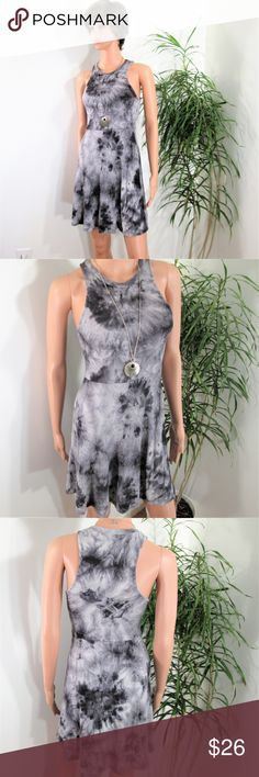 """New! Tie Dye Sleeveless Skater Light waffle weave gray tie dye dress. Racer back, fit & flare. .Stretchy comfy popover.  Tag & flat lay photos are closer  to true color, medium grays.   Measured flat. 14""""~16"""" pit to pit. 13""""~ 15"""" wasit. 34"""" long. on 5' 9'' model, 33'' x 24'' x 33.5'',  good fit, poly rayon Final Touch Dresses Mini"""