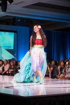 Skyler included several Moana elements in her dress, including a Mini Maui in her train and a stingray design on the back of her gown.