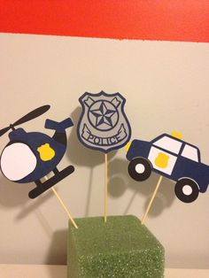 Birthday Themes For Boys, Twin Birthday, Boy First Birthday, 2nd Birthday Parties, Police Cakes, Secret Agent Party, Police Officer Gifts, First Birthdays, Centerpieces