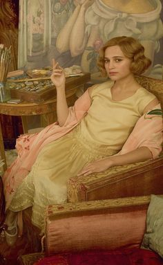 Alicia Vikander as Gerda Wegener in 'The Danish Girl' (2015). Costume Designer: Paco Delgado