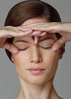 Facial toning using yoga facial exercise acupressure massage techniques is the ultimate facial toning system - without resorting to expensi. Just Beauty, Beauty Care, Beauty Skin, Health And Beauty, Beauty Hacks, Hair Beauty, Beauty Tips, Yoga Facial, Massage Facial