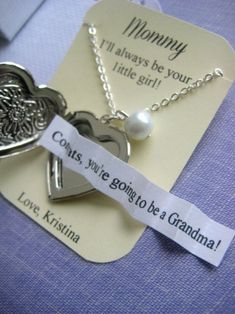 Being pregnant announcement, Grandmother, locket necklace, secret announcement. Vogue Kids, Shower Bebe, Baby Shower, Baby Center, Everything Baby, Baby Time, Baby Bumps, Having A Baby, Our Baby