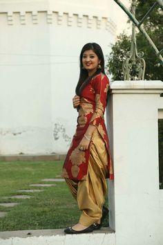 New Punjabi Suit Design Patiala Suit Designs, Salwar Designs, Kurta Designs Women, Kurti Designs Party Wear, Dress Indian Style, Indian Dresses, Indian Wear, Indian Outfits, Punjabi Fashion