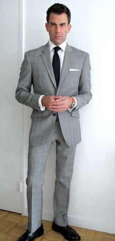 63f142f700 Este traje es el clásico Indochino que tantos armarios está ocupando en  todo el mundo.
