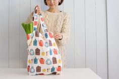 Handmade Bags, Diy And Crafts, Pouch, Short Sleeve Dresses, Summer Dresses, Sewing, Fabric, Pattern, Fashion