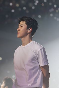[BAHASA] an unfilled space or interval; in Sehun in Hunsoo in Jisoo Start; Lacuna, Exo Concert, My Muse, Black Wallpaper, Korean Music, Attractive Men, Korean Singer, Chanyeol, Boy Bands