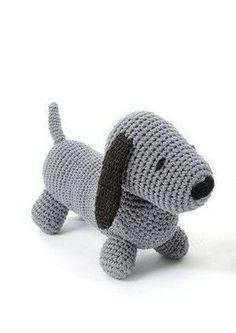 Opskrift - hæklet Hund Crochet Baby Toys, Crochet For Boys, Love Crochet, Beautiful Crochet, Crochet Animals, Diy Crochet, Amigurumi Patterns, Doll Patterns, Crochet Doll Pattern