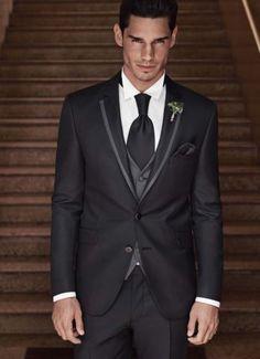 Die 42 Besten Bilder Von Hochzeit Tuxedo Suit Wedding Dressses