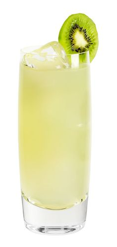 Cucumber Coconut Palm courtesy of EFFEN. Click through to get the recipe!