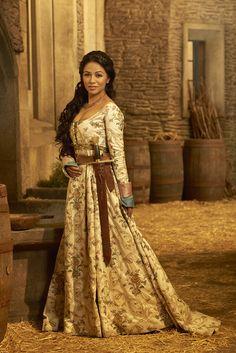 Karen David interpreta Principessa Isabella Maria Lucia Elisabetta di Valencia. #Galavant