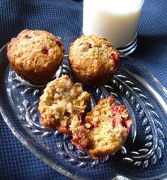 Easy Strawberry & Yogurt Muffin | Recipe | Yogurt Muffins, Muffin ...