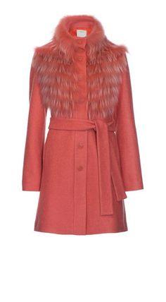 Pinko autunno inverno 2016: una Collezione di Contrasti glam Pinko autunno inverno 2016 cappotto