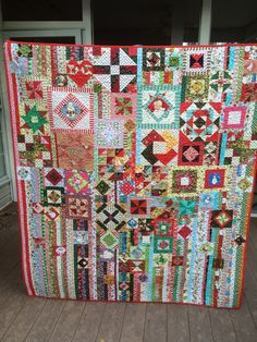 Gypsy Wife done up for Christmas!  AWESOME quilt!