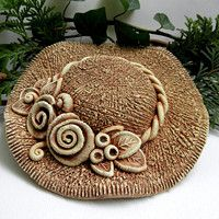 Clay Projects, Projects To Try, Pottery Animals, Centerpieces, Sculpture, Handmade Ceramic, Hats, Image, Clay