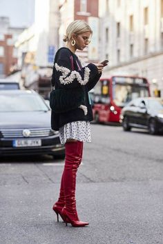 Over the knee boots / street style fashion / Fashion week #fashionweek #fashion #womensfashion #streetstyle #ootd #style /Instagram: @fromluxewithlove