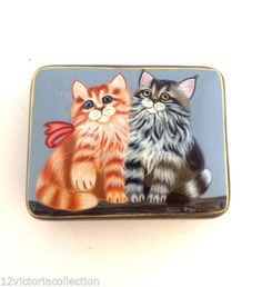 Lovely-Kitty-Cats-Russian-Hand-Painted-LACQUER-BOX-Art-Work