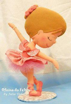 Bailarina Felt Crafts, Diy And Crafts, Felt Owls, Ballet Art, Felt Art, Diy Doll, Stuffed Toys Patterns, Felt Flowers, Handmade Toys