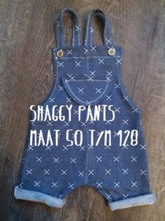 Terrific Free of Charge sewing pants kids Concepts Patroon Shaggy Pants Sewing Projects For Kids, Sewing For Kids, Love Sewing, Baby Sewing, Sewing Diy, Baby Knitting Patterns, Baby Patterns, Kids Knitting, Salopette Jeans