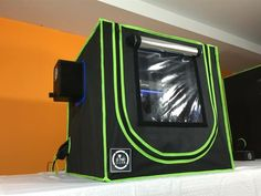 3DPrintClean has recently launched a Kickstarter campaign for its 3D Printer Lightweight Enclosure and Filtration System. The 3D printer enclosures are designed to filter the contaminated air effectively reducing the concentration of ultra fine particles in the air.
