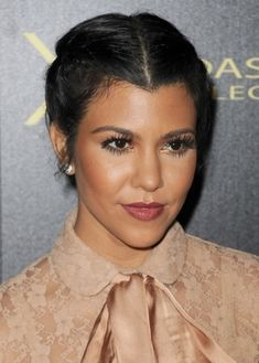 Top 50 Hairstyles for Heart Shaped Faces   herinterest.com