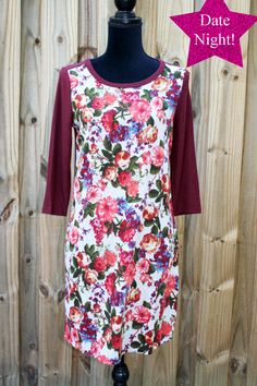 #floraldress #winedress #boutiquedress | Cali Boutique | FREE U.S. Shipping | Throw On Our Gorgeous Floral Wine Dress For Date Night!