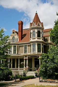 Image detail for -Victorian house along Summit Avenue, St. Paul