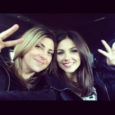 victoria justice instagram   Victoria Justice   Best Celeb Selfies - Yahoo! omg!