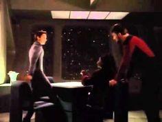 Star Trek TNG: Cmd Riker sits down weird compilation