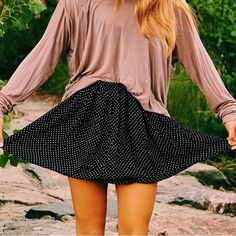 brandy melville girly outfit.