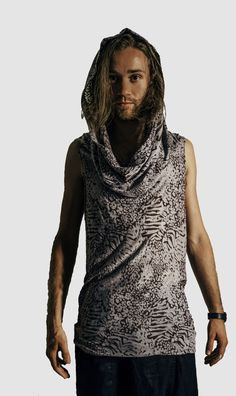 When worn down, the hood looks more like a scarf than a hoodie. Very fancy. Available in Grey Leopard. Modern Mens Fashion, Drop Crotch, Modern Man, Cowl, Collars, Menswear, High Neck Dress, Fancy, Hoodies