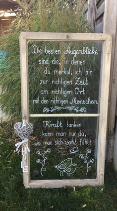 Garden Deco, Hand Lettering, Meditation, Pictures, Board, Paper, Funny Garden Signs, Old Window Ideas, Decorating Old Windows