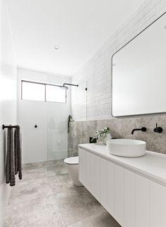 Bathroom decor for your bathroom renovation. Learn bathroom organization, master bathroom decor some ideas, bathroom tile suggestions, bathroom paint colors, and much more. Bathroom Inspo, Bathroom Inspiration, Modern Bathroom, Master Bathroom, Bathroom Ideas, Timeless Bathroom, Bathroom Layout, Small Bathrooms, Bathroom Designs