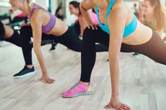 Fit and healthy women in a fitness class by UberImages. fitness, sport, training, gym and lifestyle concept – close up of people exercising in the gym Group Fitness Classes, Gym Classes, Fitness Tips, Health Fitness, Fitness Sport, Fitness Photos, Fitness Goals, Squat, Hiit